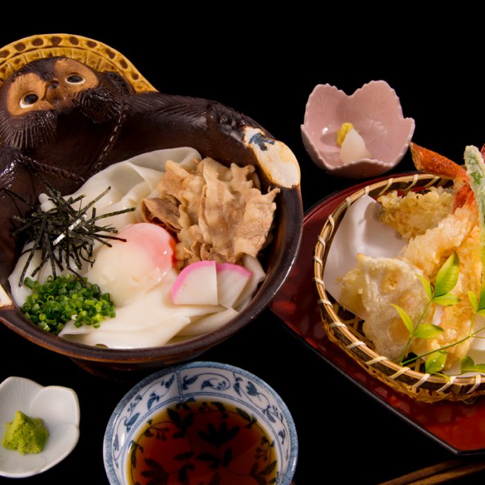鬼ひも川と季節の天ぷらセット