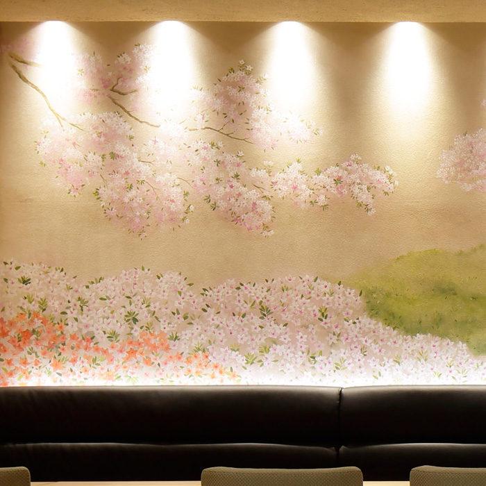花山うどん銀座店 内観 ツツジの壁画